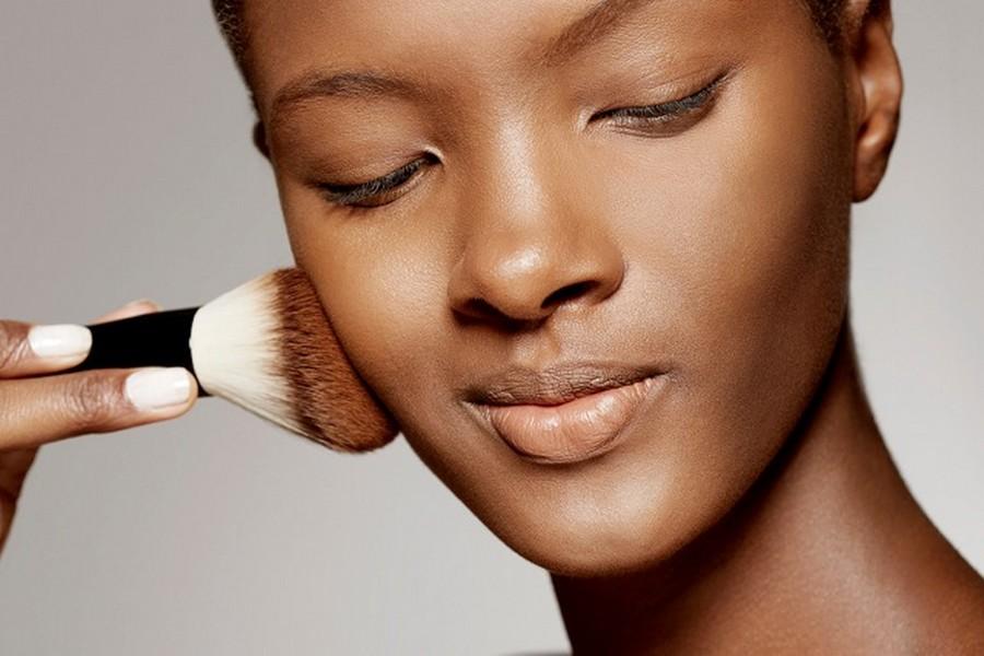 maquiagem-para-pele-negra-base