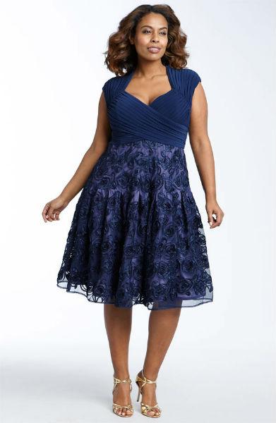 vestido para gordinha azul marinho com renda