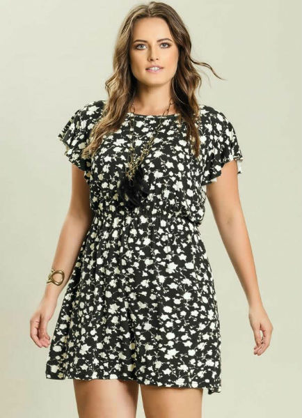 vestido para gordinha preto estampa flor