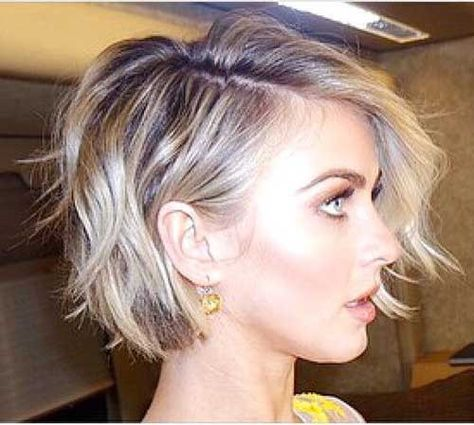 40cd3fd253addc5bbb617e034946f5e2 Short Hairstyles Round Face