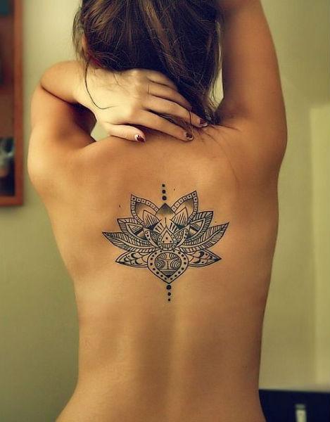 Tatuagens Femininas nas costas indigena