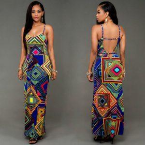 vestido longo colado na cintura formas geometricas