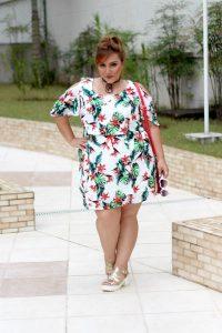 vestido plus size verao florido